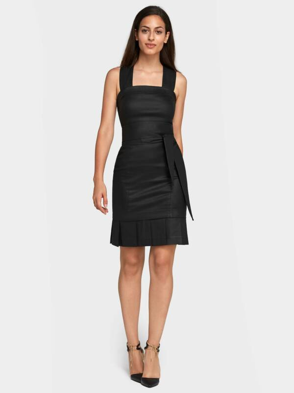 Labbys Pleated Skirt